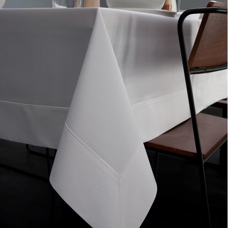 Tafellaken Damast Bordo | White | 140 x 250 cm